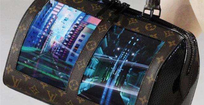 Οι έξυπνες OLED τσάντες του Louis Vuitton, ο ψηφιακός καμβάς του μέλλοντος — ΣΚΑΪ (www.skai.gr)