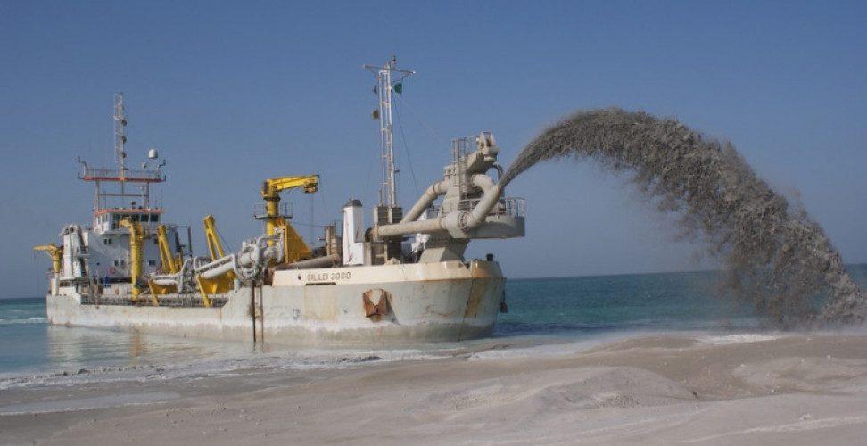 Πειρατές σκότωσαν 4 άνδρες του Πολεμικού Ναυτικού Νιγηρίας, απήγαγαν 3 ξένους